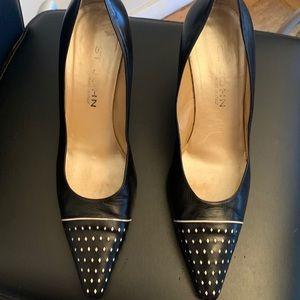 St. John Spectacular Heels